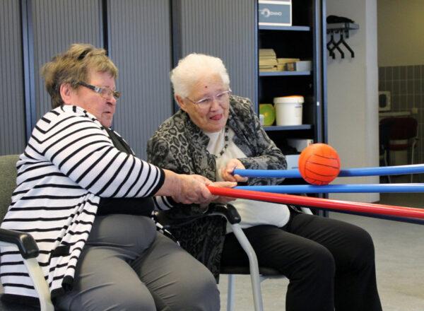 senioren aan het sporten